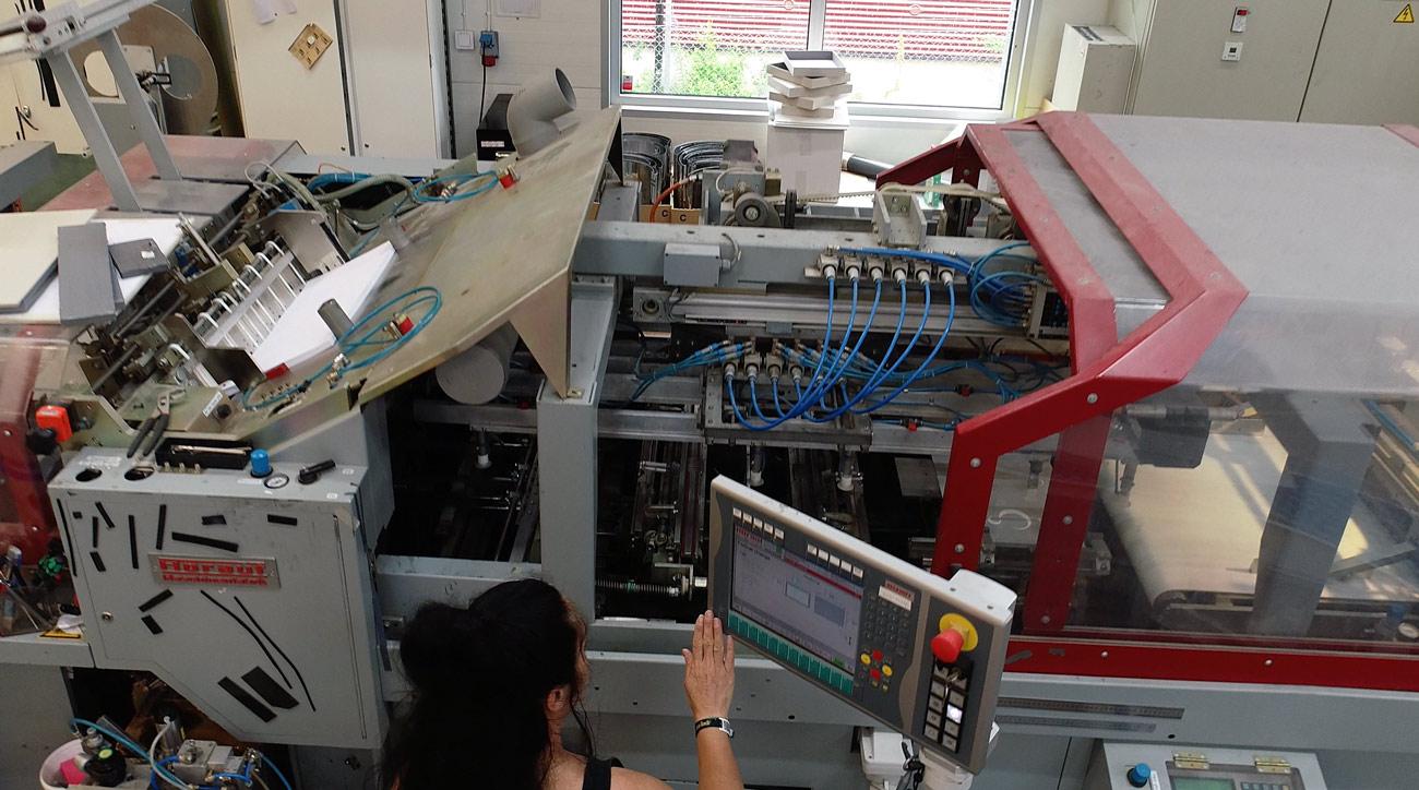Fabriksmaskin hos Profilskaparen